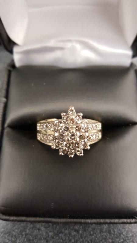 Lady's Diamond Cluster Ring 38 Diamonds 1.00 Carat T.W. 10K Yellow Gold 5.8g