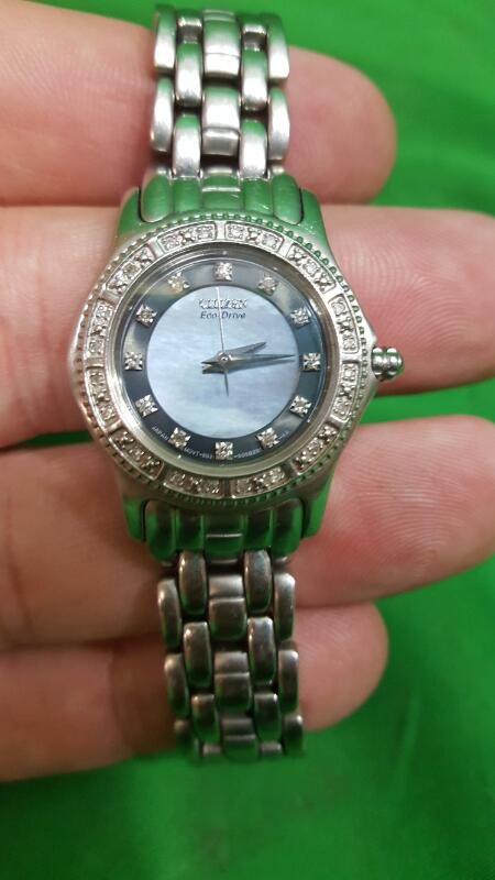 CITIZEN ECO DRIVE MOTHER OF PEARL WOMEN'S WATCH MODEL #E031-5034744