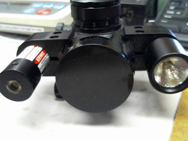 BARSKA laser/flashlight scope AC11398