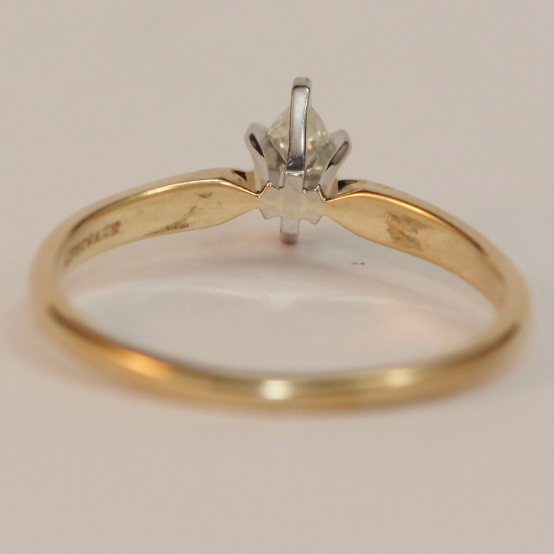 10K Yellow Gold Marquise Cut Diamond Solitaire Ring SIze 6.75