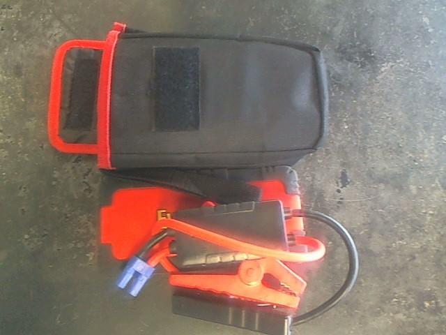 EVERSTART Battery/Charger MULTI FUNCTION JUMP STARTER