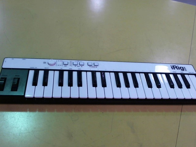 IRIG Keyboards/MIDI Equipment KEYS PRO