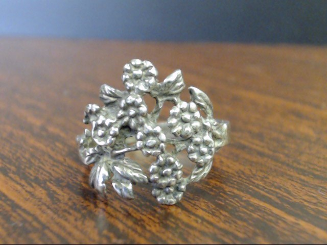 Lady's Silver Ring 925 Silver 3.1g Size:8.3