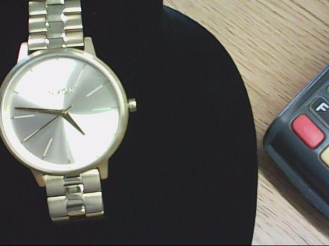 NIXON Gent's Wristwatch THE KENSINGTON