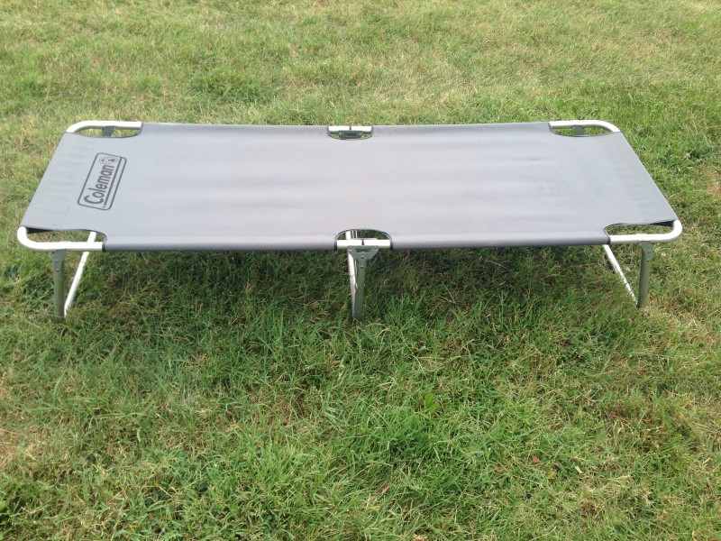 COLEMAN FOLDING CAMPING COT