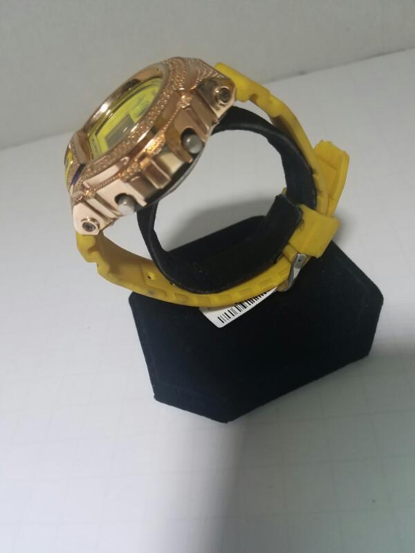 AQUA DIAMOND GOLD/SILVER WATCH PLATED   MAS SHOCK WATCH 5