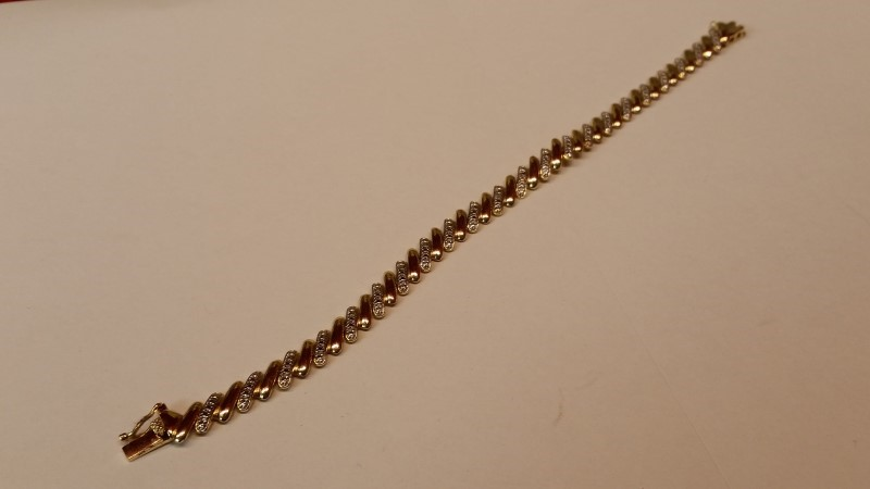 Silver Tennis Bracelet 925 Silver 8.2g - Illussion Setting