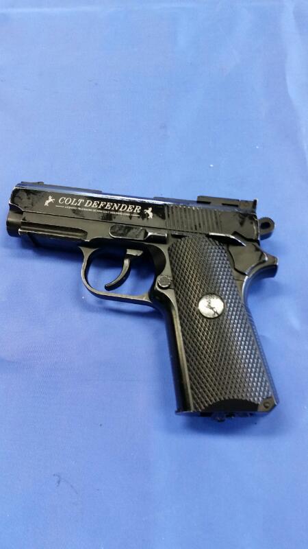 COLT Air Gun/Pellet Gun/BB Gun DEFENDER AIR SOFT GUN