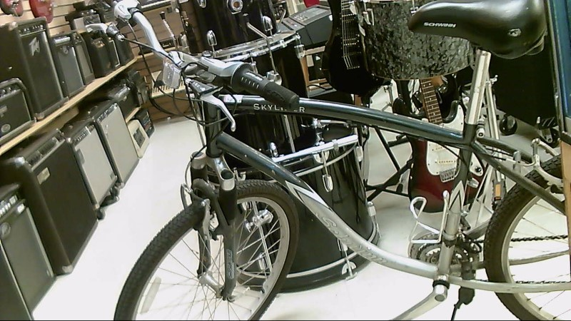 SCHWINN MNS BICYCLE SKYLINER