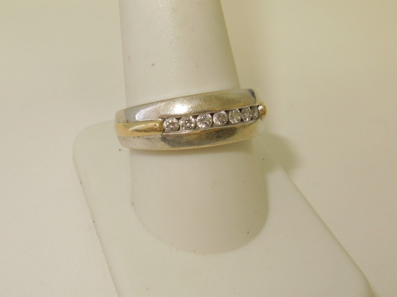 Gent's Gold-Diamond Wedding Band 7 Diamonds .28 Carat T.W. 14K 2 Tone Gold 4.9g