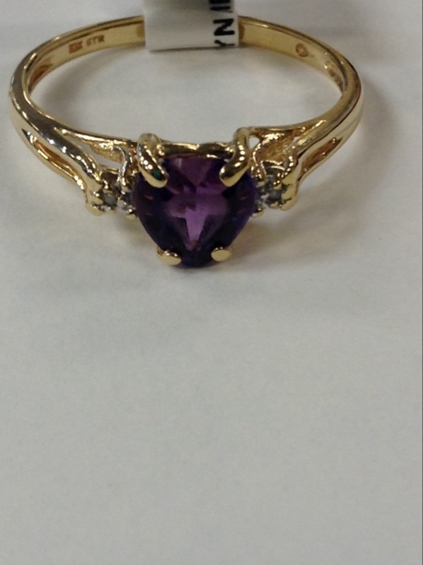 Synthetic Amethyst Lady's Stone Ring 10K Yellow Gold 1.7g