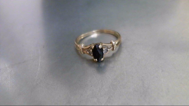 Synthetic Sapphire Lady's Stone Ring 10K Yellow Gold 1.4g