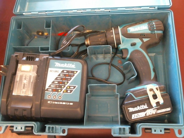 MAKITA 18V CORDLESS DRILL XPH01 with case,battery, and charger