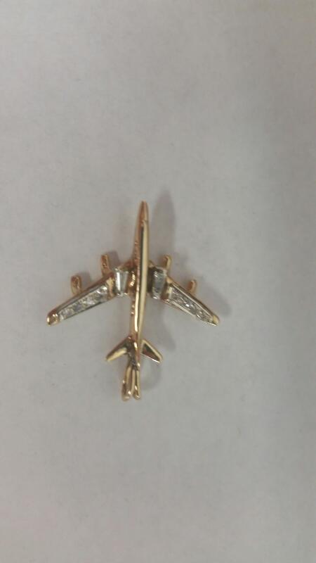 "10k YG ""Jet Airplane"" Pendant"