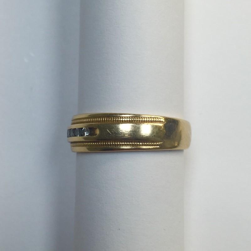 Gent's Gold-Diamond Wedding Band 8 Diamonds .16 Carat T.W. 14K Yellow Gold