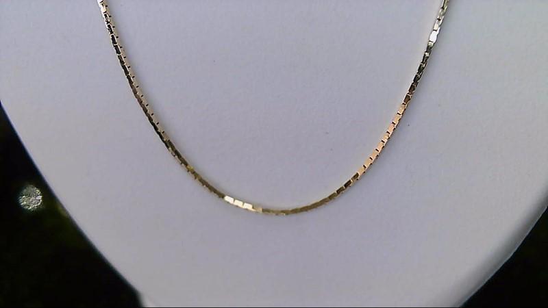 Lady's 14k yellow gold flat chain