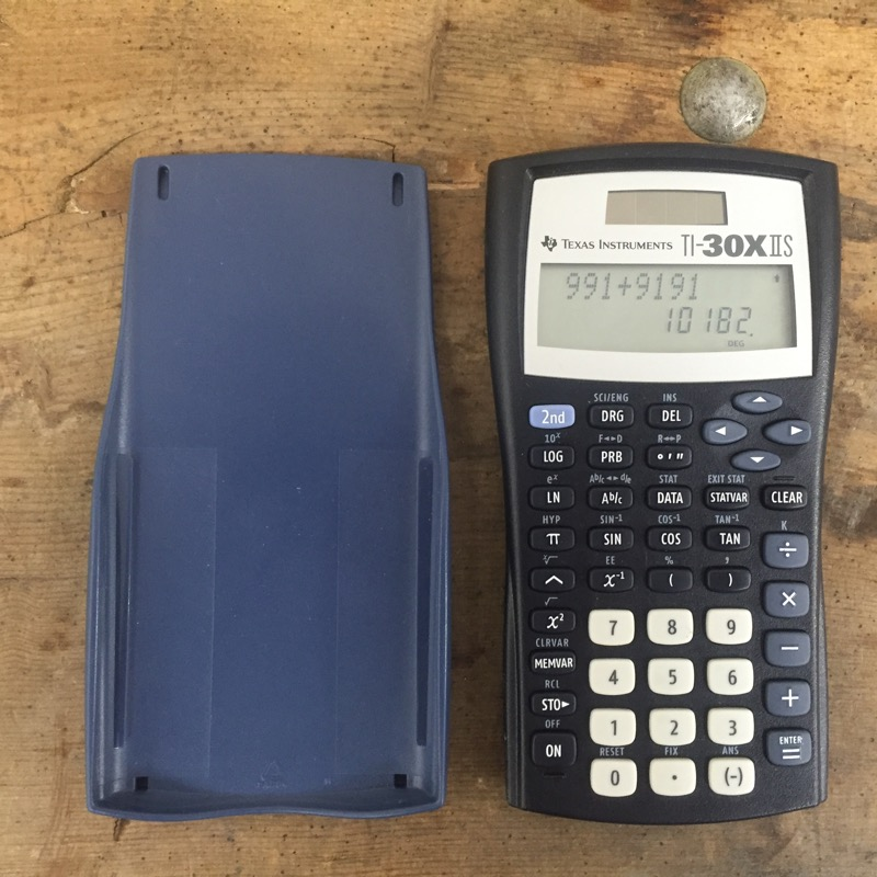 TEXAS INSTRUMENTS Calculator TI-30X IIS