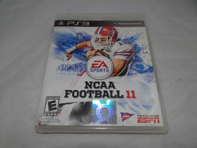 NCAA FOOTBALL 11 - PS3 GAME