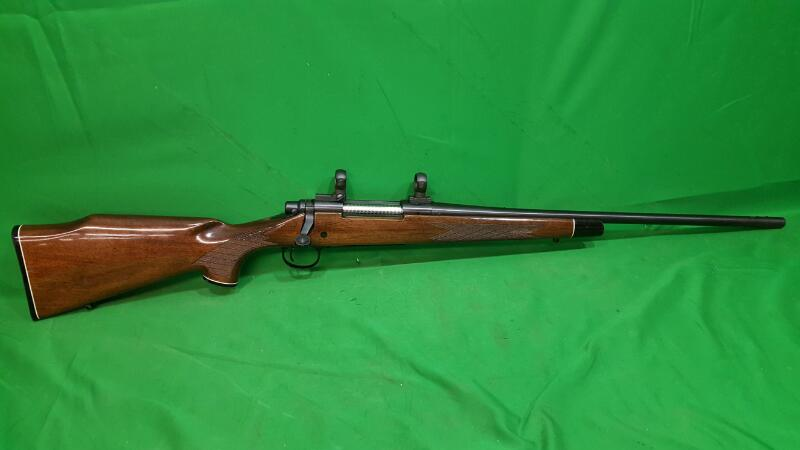 REMINGTON FIREARMS Rifle 700 Glossy Walnut 270 Winchester