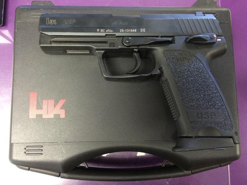 Heckler & Koch - USP 45 - .45 ACP