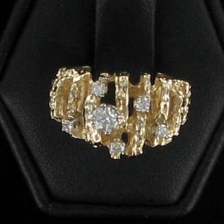 Lady's Diamond Cluster Ring 6 Diamonds .30 Carat T.W. 10K Yellow Gold 3.8dwt