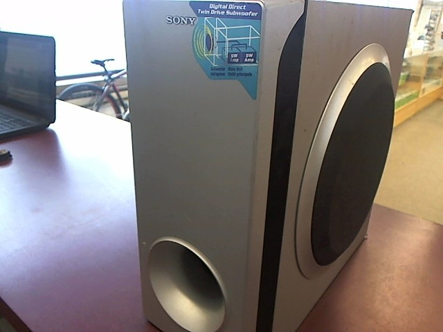 SONY Speakers/Subwoofer SS-WS82