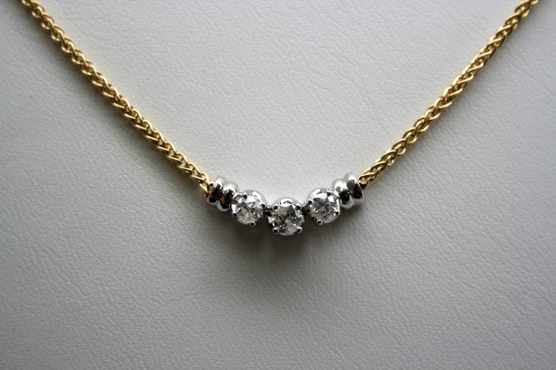 FASHION STYLE DIAMOND NECKLACE 14K 2T GOLD