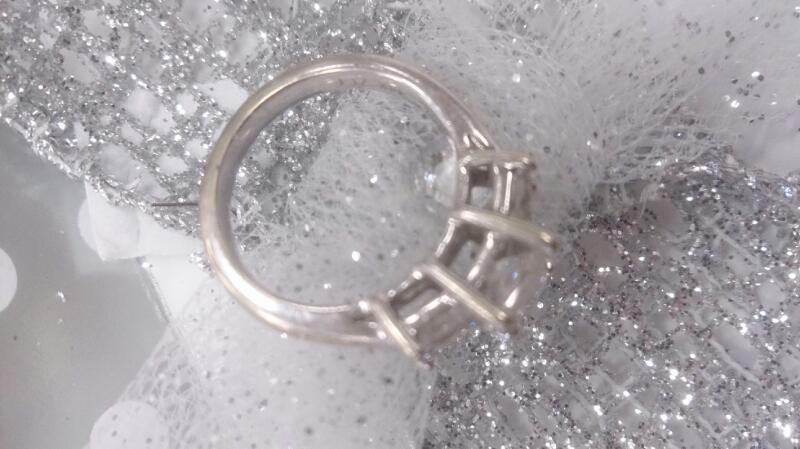 Lady's Gold-Diamond Anniversary Ring 3 Diamonds 1.19 Carat T.W. 14K White Gold