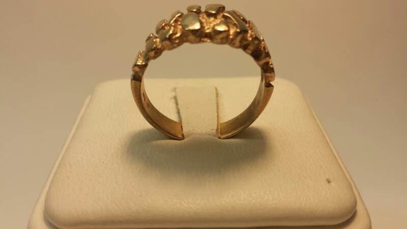 14k Nugget Ring 2.5dwt Size 8.5