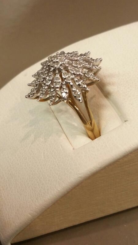 Lady's Gold Ring 10K Yellow Gold 2.1dwt Size:7