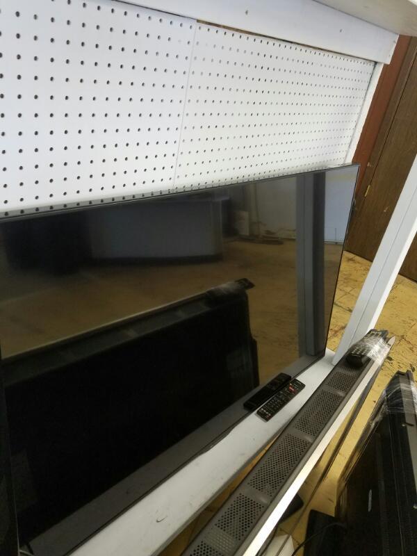 SHARP Flat Panel Television AQUOS LC-60LE66OU