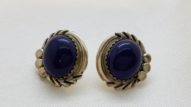 Native Style Silver Stud Earrings 925 Silver Blue Cabochon 4.4g