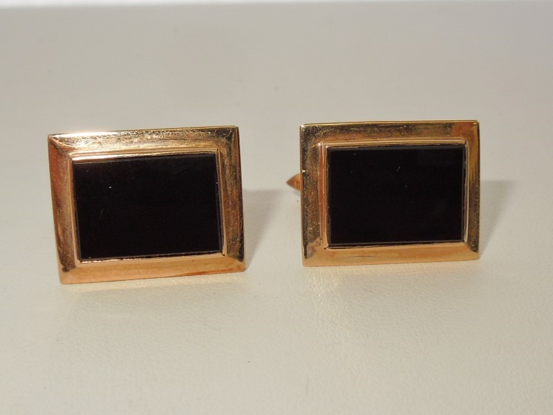 Synthetic Onyx Gold-Stone Cuff Links 14K Yellow Gold 14.2g