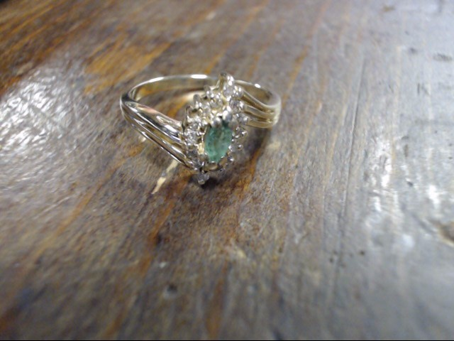 Green Stone Lady's Stone & Diamond Ring 14 Diamonds .14 Carat T.W.