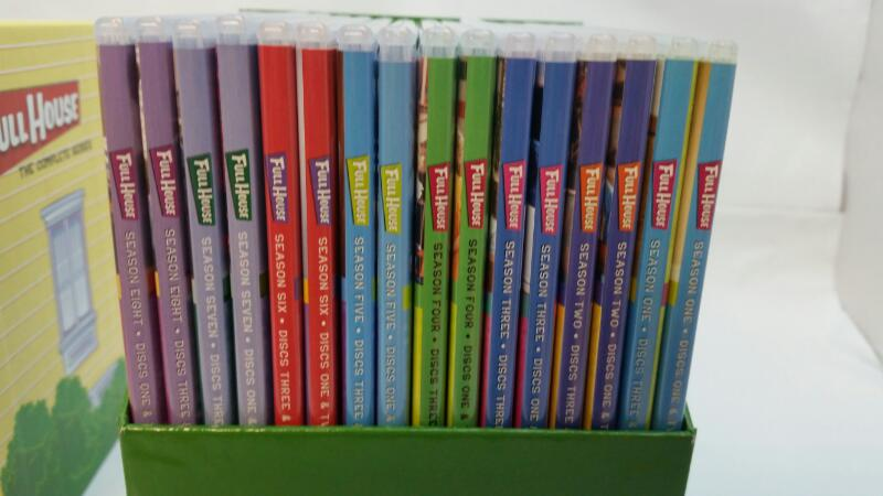 Full House The Complete Series on DVD (PLEASE READ, MISSING ONE DISC)