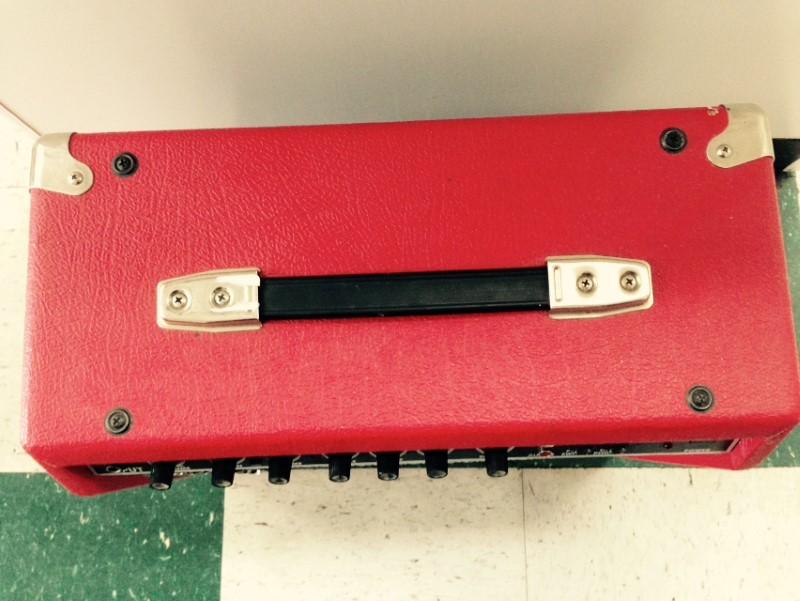 Fender Frontman 25R 25 Watts 8 Ohms Aux in Guitar Amplifier
