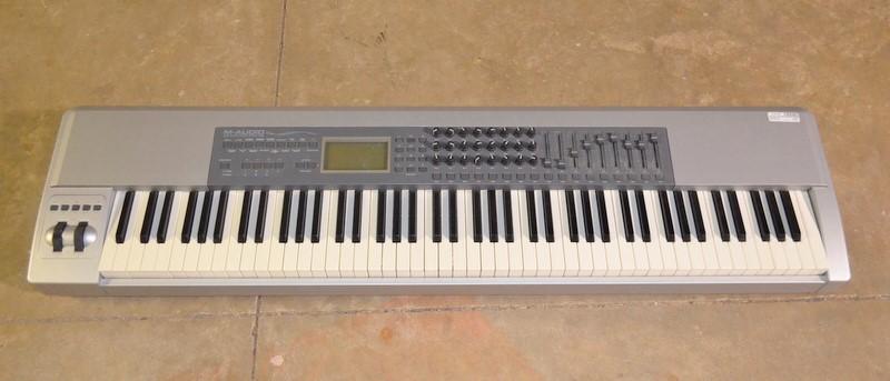M AUDIO Keyboards/MIDI Equipment KEYSTATION PRO 88
