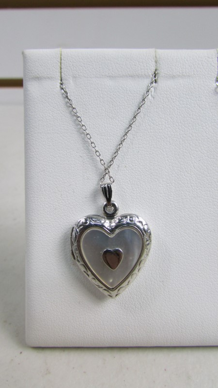 HEART LOCKET .925 NECKLACE