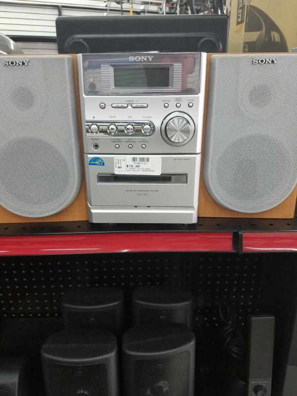 HCD-NE3 COMPACT SYSTEM-HOME SONY  WITH SPEAKERS SILVER