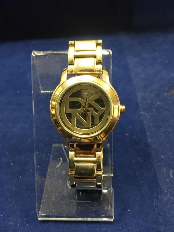 DKNY Lady's Wristwatch NY-8876