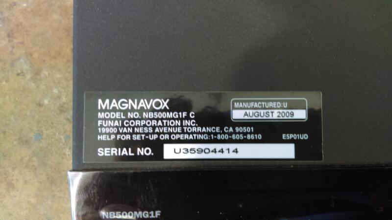 MAGNAVOX BLU RAY NB500MG1FC