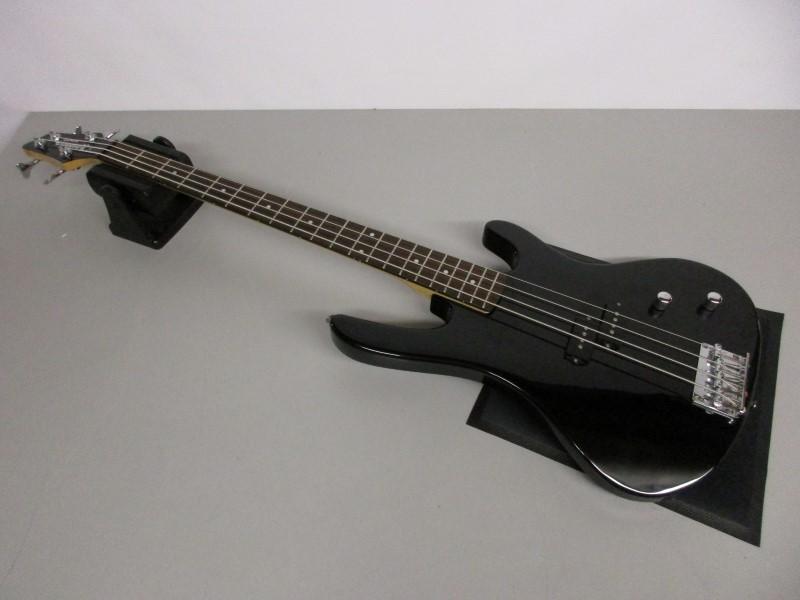 WASHBURN CB-150 BASS GUITAR