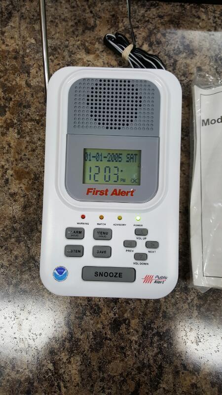 First Alert (WX-150) Public Alert Radio S.A.M.E Technology & 7 NOAA Channels EUC