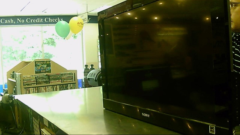 """SONY TV 32"""" KDL-32BX300 (NO REMOTE)"""