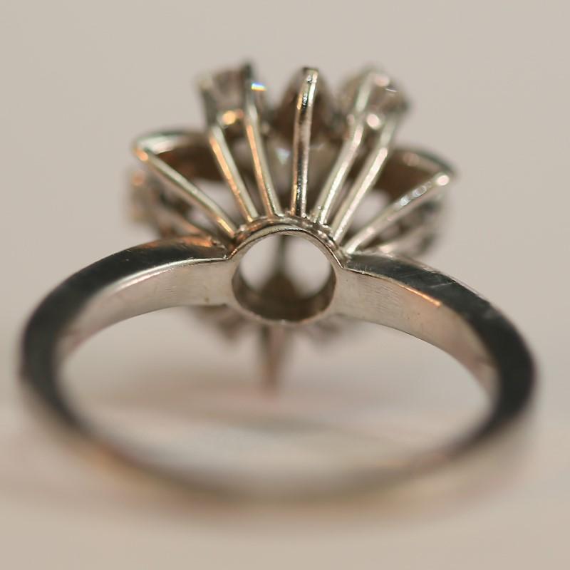 Antique Platinum Diamond Cluster Matte Comfort Fit Ring Size 7.25