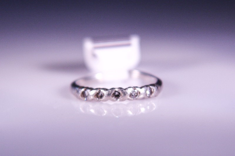 Lady's Platinum-Diamond Ring Guard 5 Diamonds .20 Carat T.W. 900 Platinum 3.4g