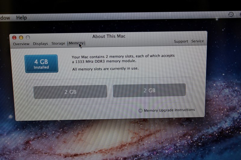 Apple MacBook Pro 2.8GHz Intel i7, 750GB HD, 4GB Memory Late 2011
