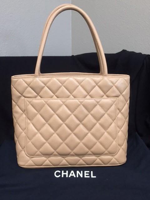 CHANEL Handbag QUILTED MEDALLION CAVIAR BEIGE