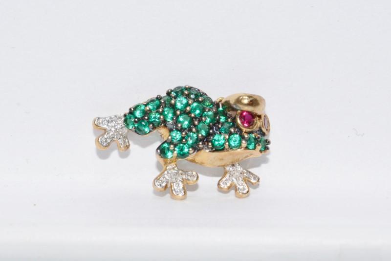Alwand Vahan 10K Yellow Gold Green Stone Encrusted & Diamond Frog Pendant