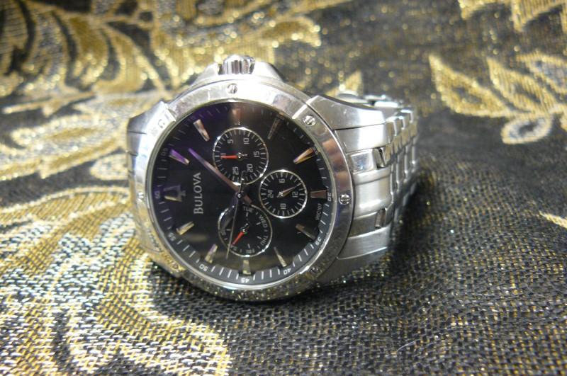 BULOVA Gent's Wristwatch 96C107